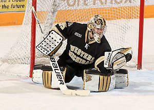 Jerry Kuhn of Western Michigan (Paul H McCarthy/Alaska Sports Photography)