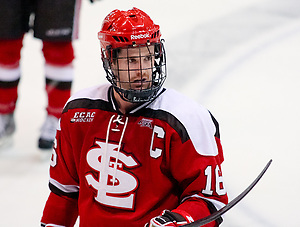 Kyle Flanagan (St. Lawrence - 16) looks to the bench during a stoppage in play. St. Lawrence defeated Princeton 3-2 at Hobey Baker Rink in Princeton, NJ. (Shelley M. Szwast)