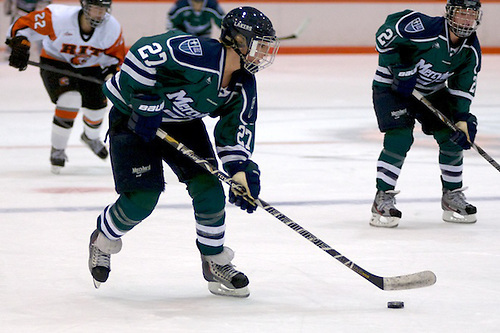 Christine Bestland of Mercyhurst finished with a goal and two assists in a 6-2 win over RIT (Omar Phillips)
