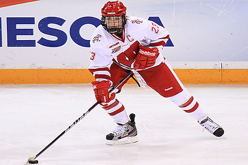 Wisconsin's Hilary Knight during the NCAA Semifinal vs Boston College (2012 Dave Harwig)