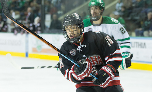 14 Nov.29 The University of North Dakota hosts the University of Nebraska Omaha in a NCHC matchup at the Ralph Engelstad Arena in Grand Forks, ND Austin Ortega (University Nebraska Omaha-16) (Bradley K. Olson)