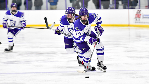 Maeve Reilly of Holy Cross (Tim Brule)