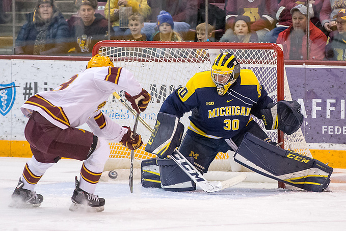 12 Jan 18: The University of Minnesota Golden Gophers host the University of Michigan Wolverines in a B1G matchup at Mariucci Arena in Minneapolis, MN (Jim Rosvold/USCHO.com)