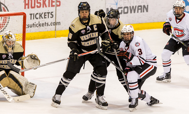 Scott Moldenhauer (Western Michigan-15) Jack Poehling (SCSU-3) 2018 Jan. 12 The St.Cloud State University Huskies host Western Michigan in a NCHC matchup at the Herb Brooks National Hockey Center in St. Cloud, MN (Bradley K. Olson)