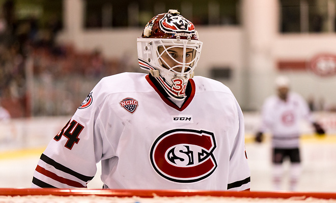 David Hrenak (SCSU-34) 2017 Nov. 4 The St.Cloud State University Huskies host the University of Minnesota Duluth Bulldogs in a NCHC matchup at the Herb Brooks National Hockey Center in St. Cloud, MN (Bradley K. Olson)