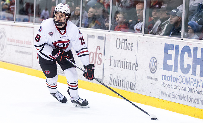 Mikey Eyssimont (SCSU-19) 2018 Jan. 12 The St.Cloud State University Huskies host Mankato State University n a non conference matchup at the Herb Brooks National Hockey Center in St. Cloud, MN (Bradley K. Olson)