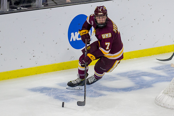 Scott Perunovich 23 Mar 18: The Minnesota State University Mavericks play against the University of Minnesota Duluth Bulldogs in a semifinal game of the NCAA West Regional at the Denny Sanford Premier Center in Sioux Falls, SD. (Jim Rosvold)