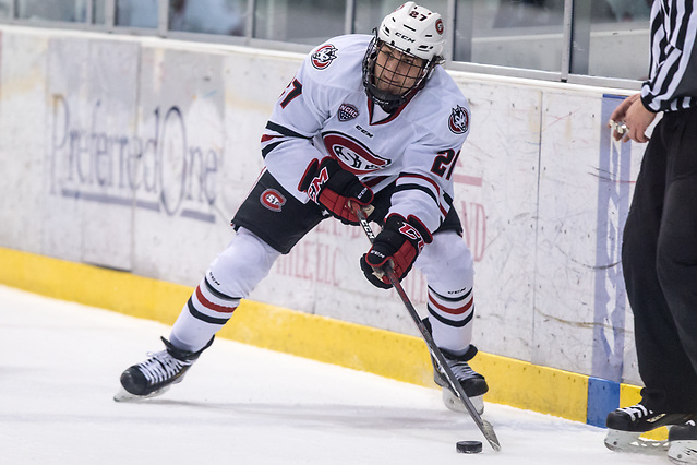 Blake Lizotte (SCSU-27) 2018 November 10 St.Cloud State University hosts Denver in a NCHC contest at the Herb Brooks National Hockey Center in St. Cloud, MN (Bradley K. Olson)