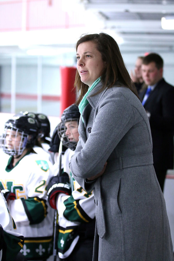 Meredith Roth is the new associate head coach at Holy Cross (St. Norbert Athletics)