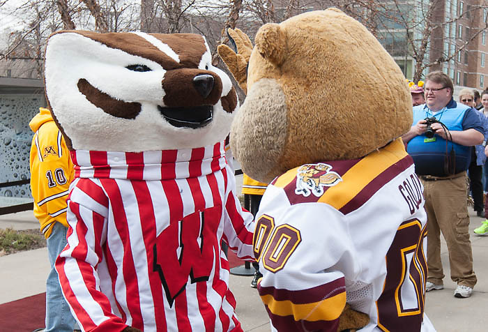 20 Mar 15: The University of Wisconsin Badger play against the University of Minnesota Golden Gophers in a National Semifinal matchup at the 2015 Women's Frozen Four at Ridder Arena in Minneapolis, MN. (Jim Rosvold)