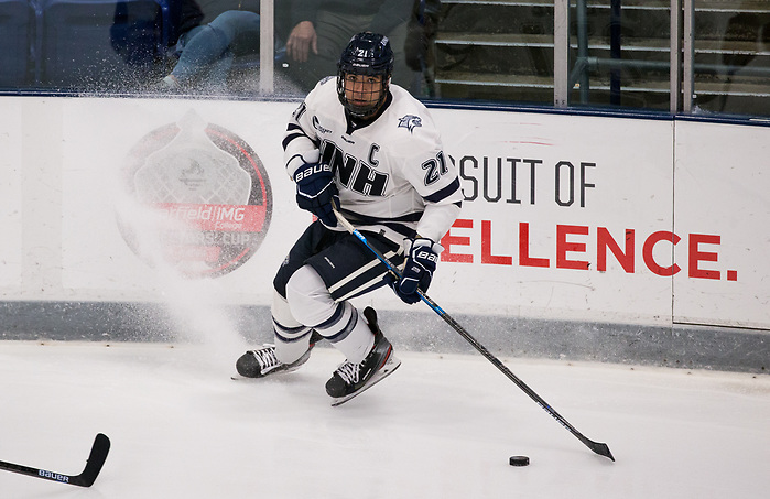 DURHAM, NH - NOVEMBER 1: Anthony Wyse #21 of the New Hampshire Wildcats. The Boston College Eagles visit the New Hampshire Wildcats during NCAA men's hockey at the Whittemore Center on November 1, 2019 in Durham, New Hampshire. The Wildcats won 1-0 in overtime. (Photo by Rich Gagnon/USCHO) (Rich Gagnon)