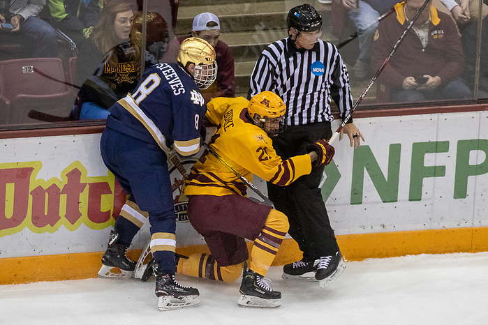 02 Nov 19: Matt Steeves (Notre Dame - 8), Nathan Burke (Minnesota - 21). The University of Minnesota Golden Gopher host the University of Notre Dame Fighting Irish in a B1G matchup at 3M Arena at Mariucci in Minneapolis, MN. (Jim Rosvold)