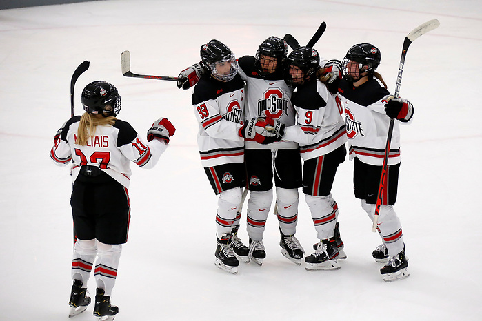 Ohio State plays St Lawrence University. Ohio State defeated St. Lawrence 4-1. (Kirk Irwin)