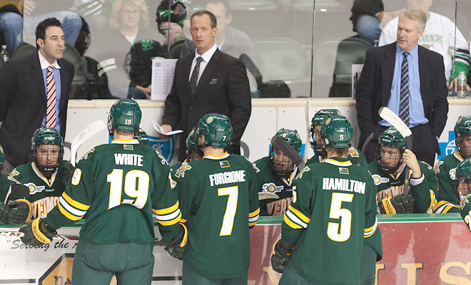 After 27 seasons, Vermont's Sneddon to retire from college hockey coaching at end of '19-20 season