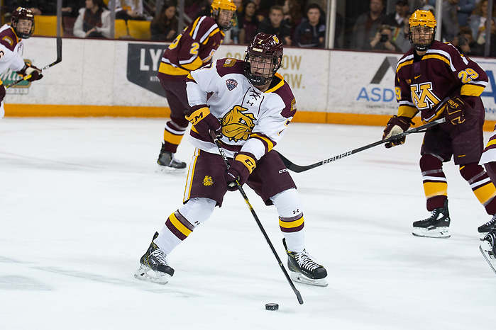 6 Oct 18:  Scott Perunovich (Minnesota Duluth - 7). The University of Minnesota Golden Gophers play against the University of Minnesota Duluth Bulldogs in a non-conference matchup at AMSOIL Arena in Duluth, MN. (Jim Rosvold/University of Minnesota)