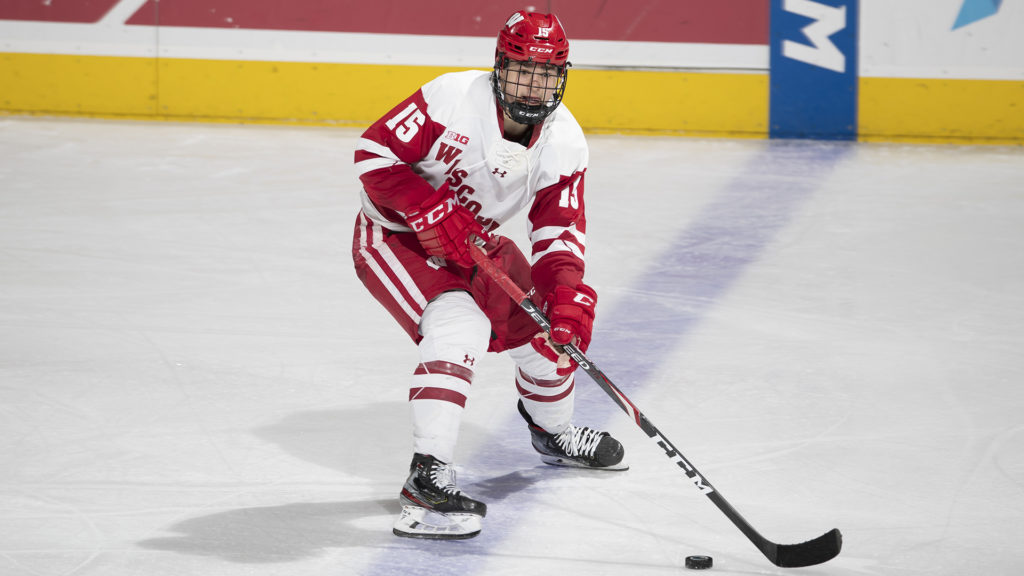 Wisconsin's Turcotte one and done, signs entry-level contract with Los Angeles