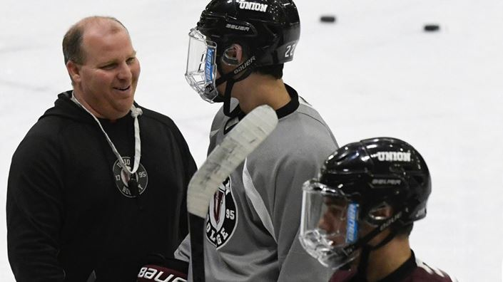 After 11 years with Union coaching staff, Tapp steps down to take new role at Dartmouth